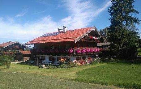 Haus von aussen, © im-web.de/ Touristinformation Fischbachau
