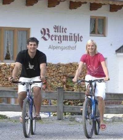 Radeln und Biken, Landgasthof Alte Bergmühle in Fischbachau-Birkenstein, © im-web.de/ Touristinformation Fischbachau