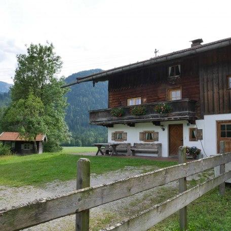 ..an der Haustüre, © im-web.de/ Touristinformation Fischbachau