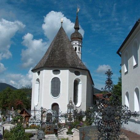 Pfarrkirche St. Andreas und Hl. Blut Kirche