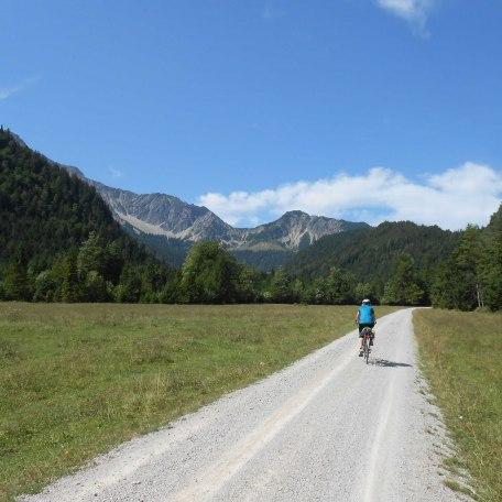 Fahrradtouren ohne große Steigungen im Leitzachtal oder anspruchsvolle Touren mit dem Mountainbike in den Bergen, © im-web.de/ Touristinformation Fischbachau